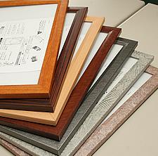 ガラハリフレームは、様々なデザインをご用意しています。
