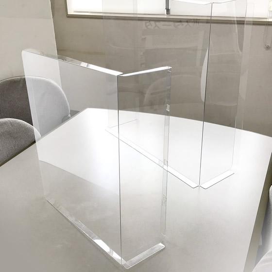 移動可能で簡単に設置《飛沫防止シート簡易仕切りタイプ》製品イメージ