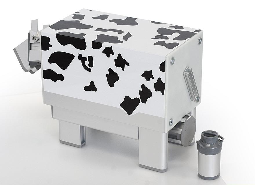 牛柄のシートでさらに完成度がアップしました。